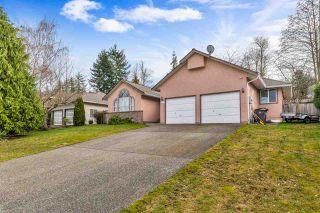 Photo 1: 15310 28A Avenue in Surrey: Sunnyside Park Surrey House for sale (South Surrey White Rock)  : MLS®# R2482968