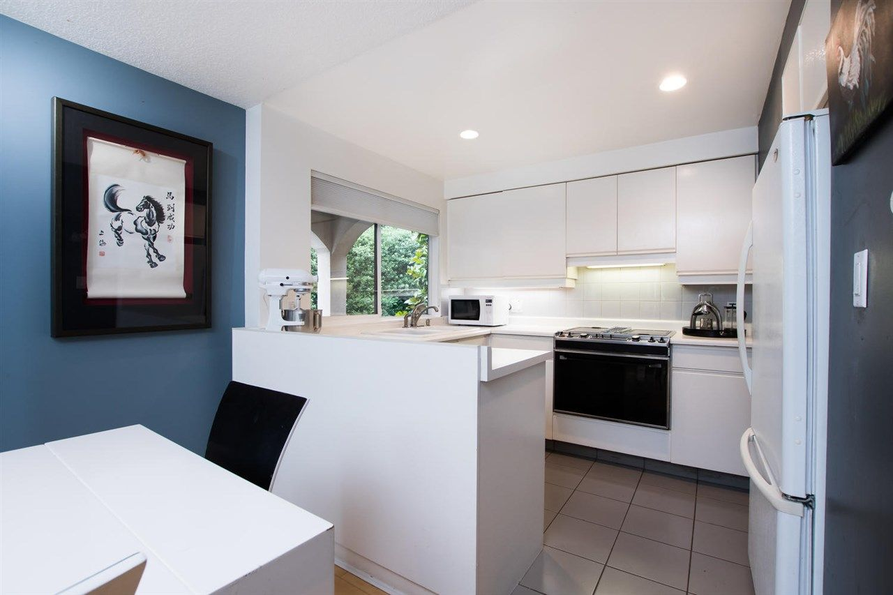 "Photo 14: Photos: 1 1019 GILFORD Street in Vancouver: West End VW Condo for sale in ""Gilford Mews"" (Vancouver West)  : MLS®# R2472849"