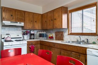 """Photo 9: 2063 NAPIER Street in Vancouver: Grandview VE House for sale in """"Commercial Drive"""" (Vancouver East)  : MLS®# R2124487"""