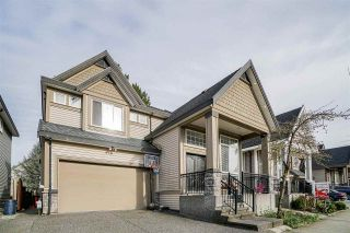 """Photo 2: 6644 126 Street in Surrey: West Newton House for sale in """"WEST NEWTON"""" : MLS®# R2589816"""