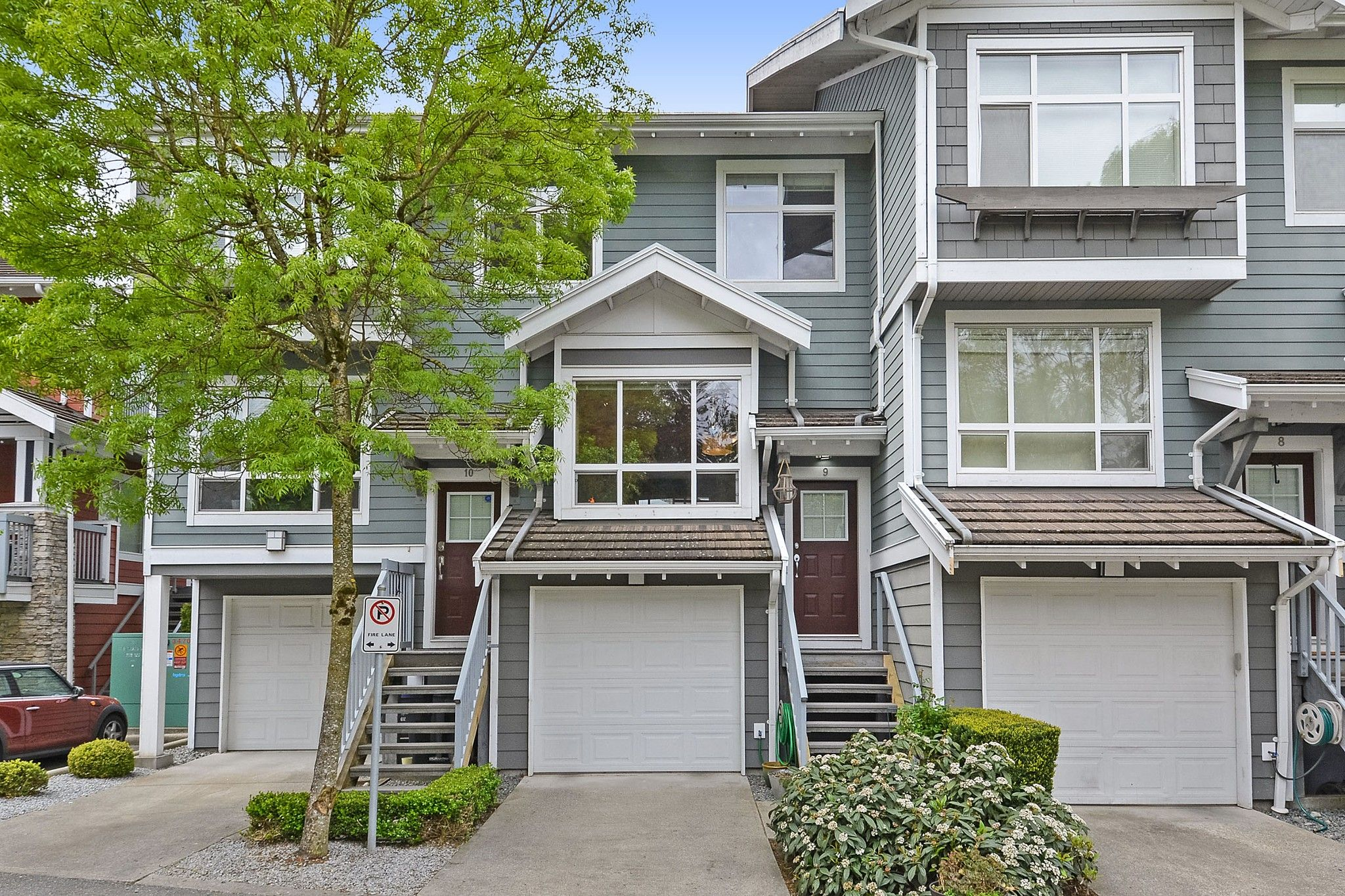 "Main Photo: 9 15168 36 Avenue in Surrey: Morgan Creek Townhouse for sale in ""Solay"" (South Surrey White Rock)  : MLS®# R2364528"
