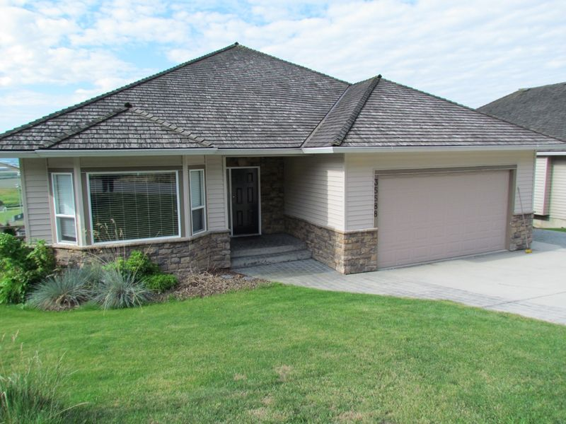 FEATURED LISTING: 35588 DINA Place ABBOTSFORD