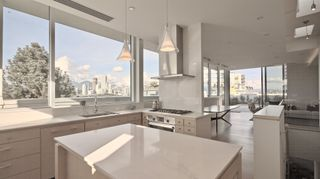 Photo 9: 501-PH 1510 W 6TH AVENUE in Vancouver: Fairview VW Condo for sale (Vancouver West)  : MLS®# R2604402