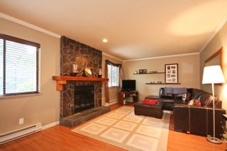 Photo 3: 1084 Lombardy Drive in Port Coquitlam: Home for sale : MLS®# V815672