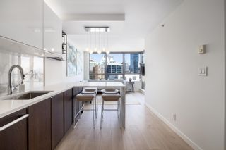 Photo 2: 1916 938 SMITHE STREET in Vancouver: Downtown VW Condo for sale (Vancouver West)  : MLS®# R2614887