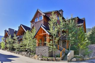 Photo 1: 1102, 101A Stewart Creek Landing in Canmore: Condo for sale : MLS®# A1096361