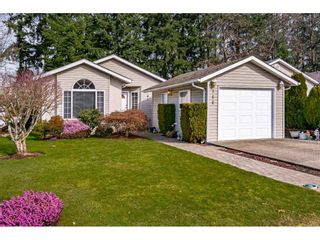 """Photo 1: 144 9080 198 Street in Langley: Walnut Grove Manufactured Home for sale in """"Forest Green Estates"""" : MLS®# R2547328"""