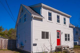 Photo 1: 112 Starr Street in Bridgewater: 405-Lunenburg County Residential for sale (South Shore)  : MLS®# 202108918