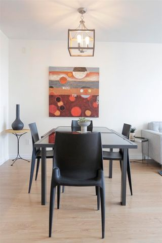 """Photo 4: 302 305 LONSDALE Avenue in North Vancouver: Lower Lonsdale Condo for sale in """"The Met"""" : MLS®# R2593347"""