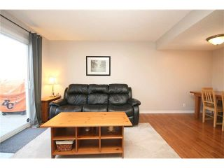 Photo 8: 111 4810 40 Avenue SW in Calgary: Glamorgan House for sale : MLS®# C4033222