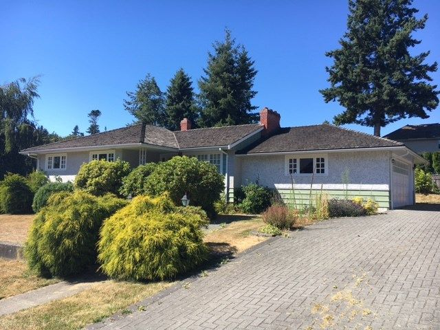 """Main Photo: 16341 10 Avenue in Surrey: King George Corridor House for sale in """"South Meridian"""" (South Surrey White Rock)  : MLS®# R2192920"""
