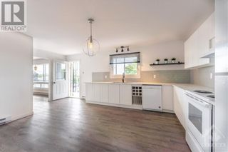 Photo 5: 259 LONGUEUIL STREET in L'Orignal: House for rent : MLS®# 1262145