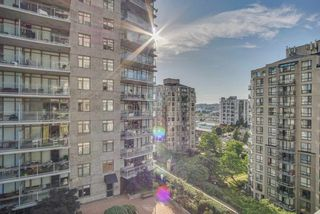 "Photo 14: 1509 892 CARNARVON Street in New Westminster: Downtown NW Condo for sale in ""Azure Li"" : MLS®# R2491135"