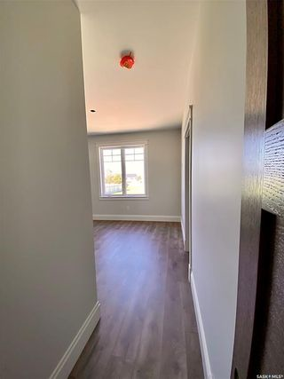 Photo 24: 818 Conquest Avenue in Outlook: Residential for sale : MLS®# SK860876