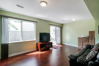"""Photo 3: 8 3087 IMMEL Street in Abbotsford: Central Abbotsford Townhouse for sale in """"Clayburn Estates"""" : MLS®# R2368944"""