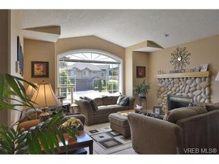 Photo 3: 2052 Haley Rae Pl in VICTORIA: La Thetis Heights House for sale (Langford)  : MLS®# 669697
