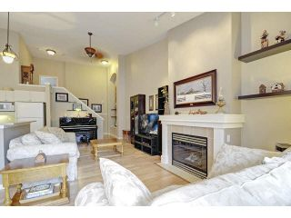"""Photo 4: 48 2588 152ND Street in Surrey: King George Corridor Townhouse for sale in """"Woodgrove"""" (South Surrey White Rock)  : MLS®# F1445170"""