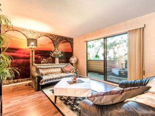 """Photo 6: 4336 GARDEN GROVE Drive in Burnaby: Greentree Village Townhouse for sale in """"GREENTREE VILLAGE"""" (Burnaby South)  : MLS®# R2406422"""