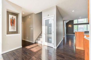 Photo 5: 729 MASSEY Way in Edmonton: Zone 14 House for sale : MLS®# E4257161