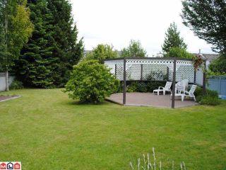"Photo 10: 9170 161A Street in Surrey: Fleetwood Tynehead House for sale in ""Maple Glen"" : MLS®# F1017798"