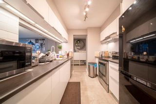 Photo 8: 1208 9633 MANCHESTER Drive in Burnaby: Cariboo Condo for sale (Burnaby North)  : MLS®# R2625500