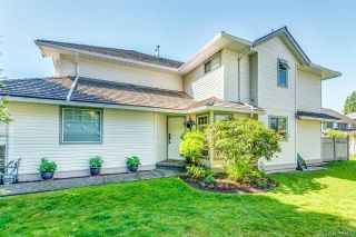 """Photo 3: 17 19051 119 Avenue in Pitt Meadows: Central Meadows Townhouse for sale in """"PARK MEADOWS ESTATES"""" : MLS®# R2590310"""