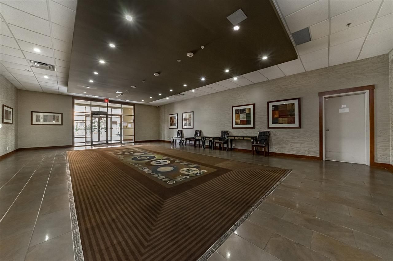 """Photo 3: Photos: 311 14333 104TH Avenue in Surrey: Whalley Condo for sale in """"Park Central"""" (North Surrey)  : MLS®# R2298622"""