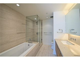 """Photo 14: 104 5838 BERTON Avenue in Vancouver: University VW Townhouse for sale in """"THE WESBROOK"""" (Vancouver West)  : MLS®# V1078429"""