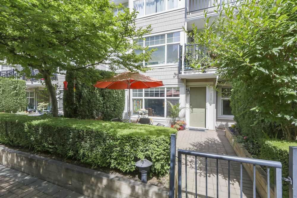 """Main Photo: 211 7038 21ST Avenue in Burnaby: Highgate Condo for sale in """"ASHBURY"""" (Burnaby South)  : MLS®# R2380470"""