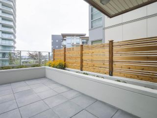 """Photo 8: 104 1768 GILMORE Avenue in Burnaby: Brentwood Park Condo for sale in """"Escala"""" (Burnaby North)  : MLS®# R2398729"""