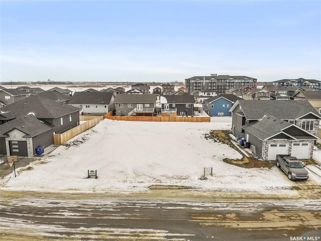 Main Photo: 295 Cowan Crescent in Martensville: Lot/Land for sale : MLS®# SK840920