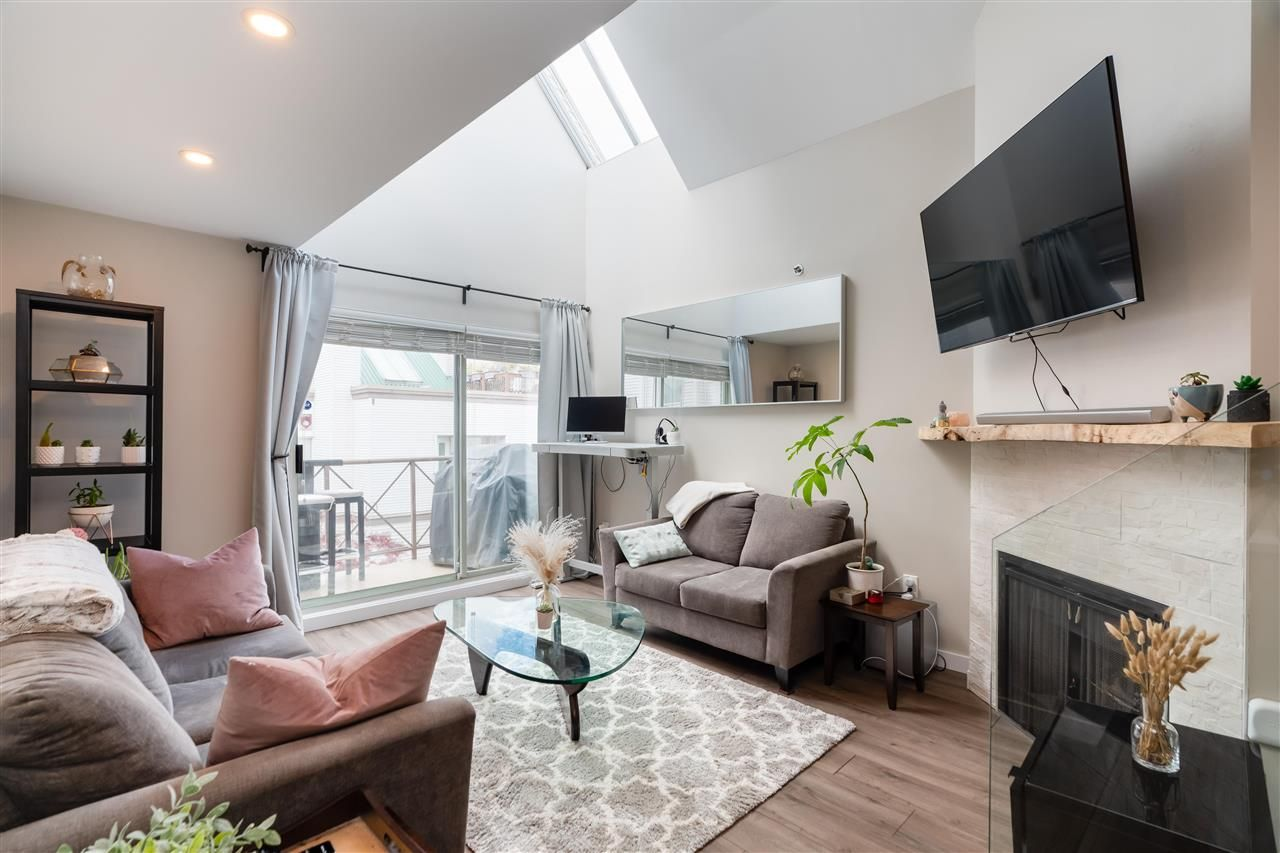 "Main Photo: 310 910 W 8TH Avenue in Vancouver: Fairview VW Condo for sale in ""The Rhapsody"" (Vancouver West)  : MLS®# R2573234"
