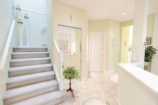 """Photo 3: 29 998 RIVERSIDE Drive in Port Coquitlam: Riverwood Townhouse for sale in """"PARKSIDE PLACE"""" : MLS®# R2310532"""