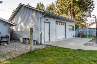 Photo 4: 3443 RALEIGH Street in Port Coquitlam: Woodland Acres PQ House for sale : MLS®# R2443261