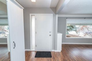 Photo 2: 7902 83 Avenue in Edmonton: Zone 18 House for sale : MLS®# E4244233