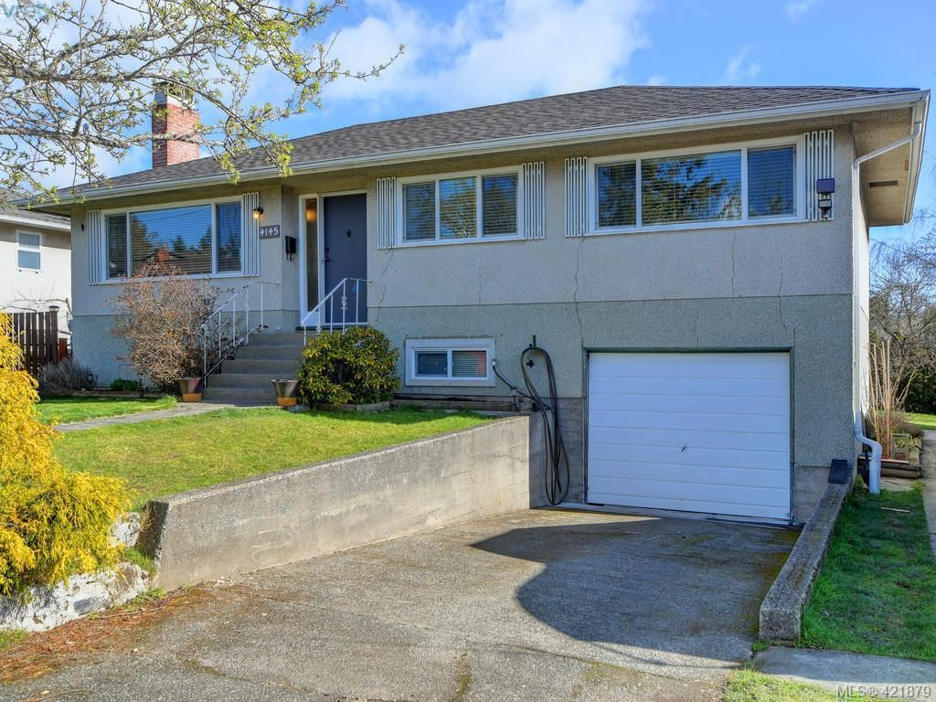Main Photo: 4145 Birtles Ave in VICTORIA: SW Glanford House for sale (Saanich West)  : MLS®# 835004