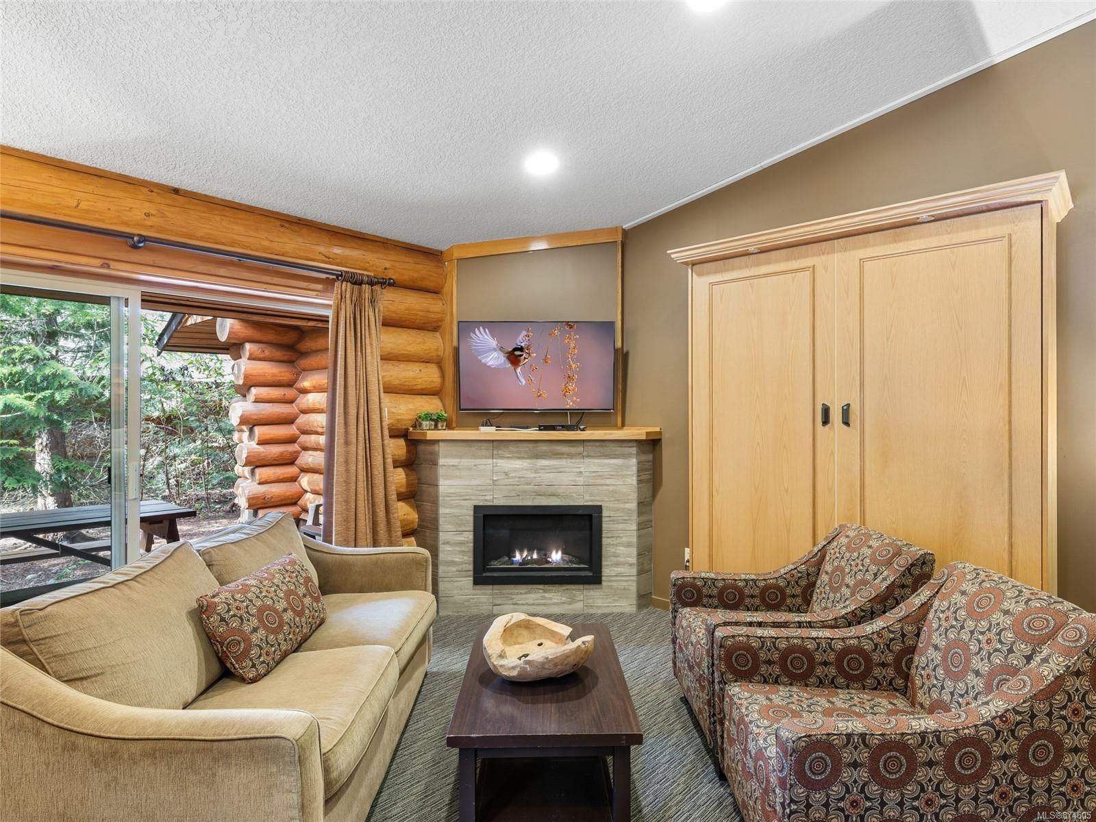 Main Photo: 508 1155 Resort Dr in : PQ Parksville Row/Townhouse for sale (Parksville/Qualicum)  : MLS®# 874605