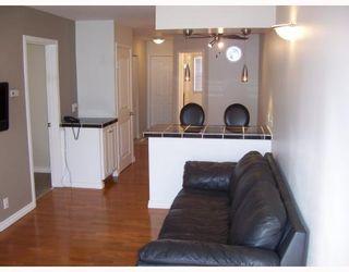 Photo 2: 238 PARKVIEW Street in WINNIPEG: St James Residential for sale (West Winnipeg)  : MLS®# 2907337