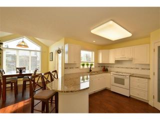 Photo 8: 14242 EVERGREEN View SW in Calgary: Shawnee Slps_Evergreen Est House for sale : MLS®# C4005021