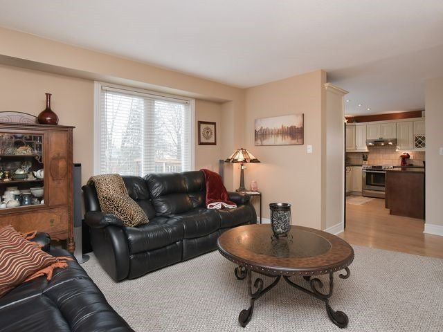 Photo 10: Photos: 234 Kensington Place: Orangeville House (2-Storey) for sale : MLS®# W4034442