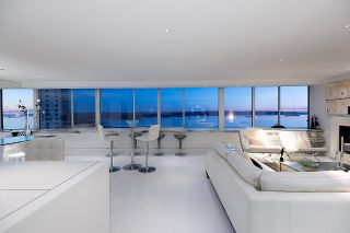"""Photo 11: 902 1835 MORTON Avenue in Vancouver: West End VW Condo for sale in """"Ocean Towers"""" (Vancouver West)  : MLS®# R2570024"""
