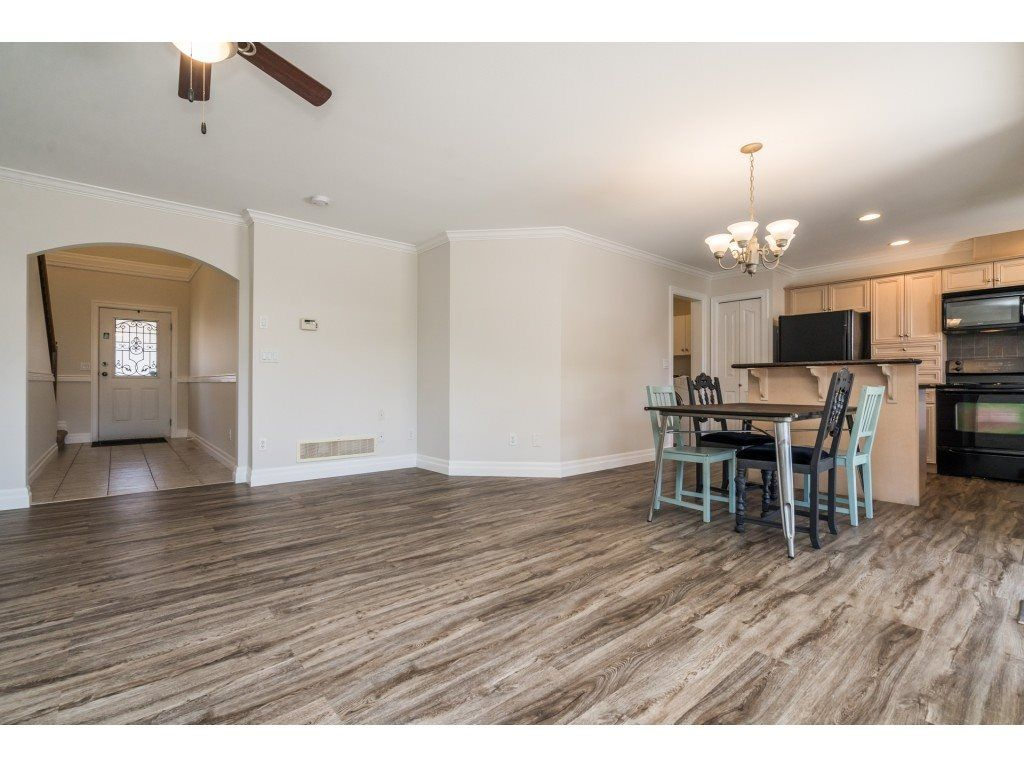 """Photo 25: Photos: 27 6450 BLACKWOOD Lane in Chilliwack: Sardis West Vedder Rd Townhouse for sale in """"The Maples"""" (Sardis)  : MLS®# R2480574"""