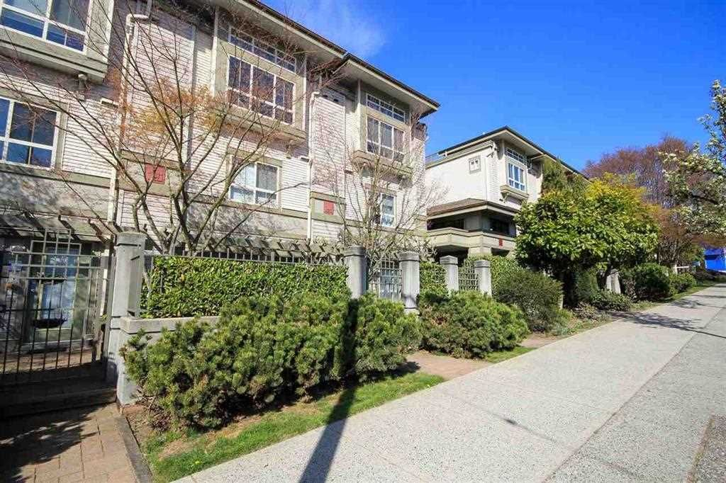 "Main Photo: 2 2375 W BROADWAY in Vancouver: Kitsilano Condo for sale in ""TALIESIN"" (Vancouver West)  : MLS®# R2524547"