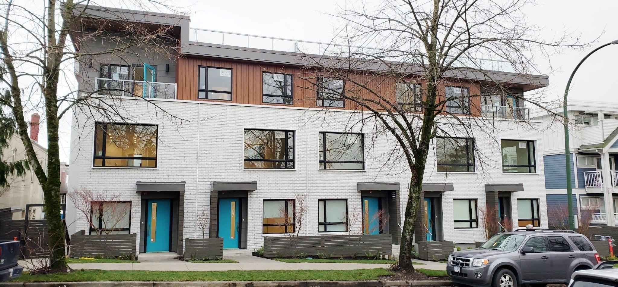 Main Photo: 311 E 16 Avenue in Vancouver: Main Street Condo for rent ()