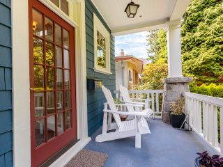 """Photo 5: 3878 W 15TH Avenue in Vancouver: Point Grey House for sale in """"Point Grey"""" (Vancouver West)  : MLS®# R2625394"""