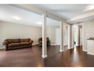 Photo 17: 212 DAVIS CRESCENT in Langley: Aldergrove Langley House for sale : MLS®# R2575495
