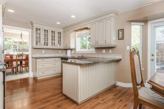 """Photo 9: 15327 28 Avenue in Surrey: King George Corridor House for sale in """"Sunnyside"""" (South Surrey White Rock)  : MLS®# R2349159"""