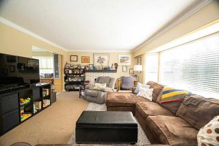Photo 2: 1160 MAPLE STREET: White Rock House for sale (South Surrey White Rock)  : MLS®# R2572291