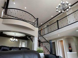 Photo 4: 5119 154 Avenue N in Edmonton: Zone 03 House for sale : MLS®# E4240402