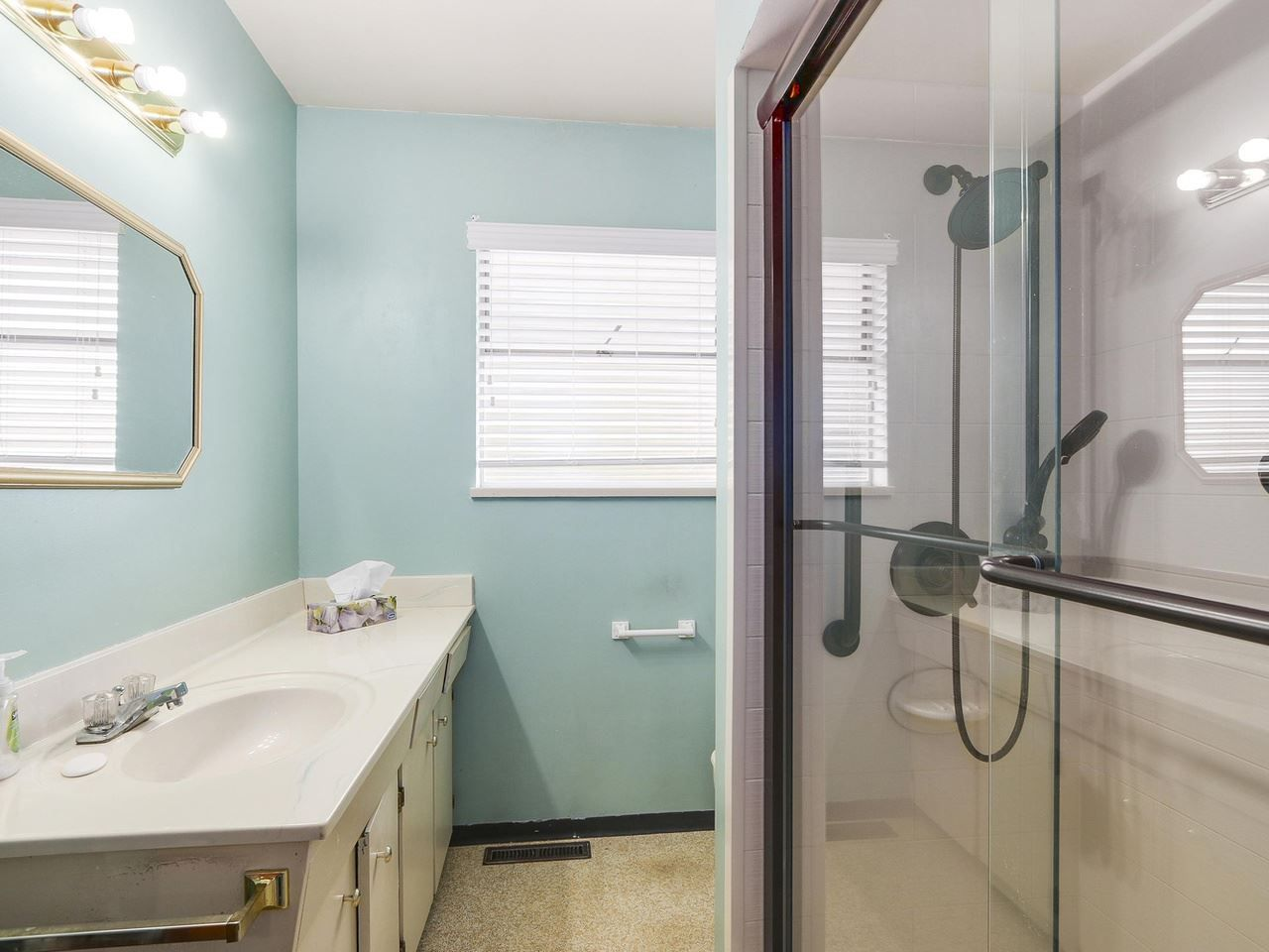 Photo 12: Photos: 731 LINTON Street in Coquitlam: Central Coquitlam House for sale : MLS®# R2157896